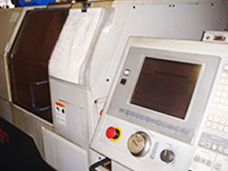形式:CNC旋盤 Cincom L20-8型